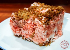 frozen_strawberry_crunch_cake