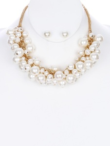 PEARL FRINGE BIB NECKLACE AND EARRING SET